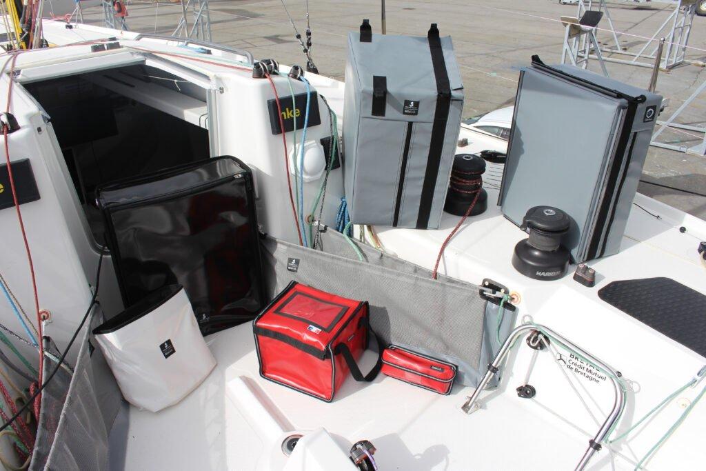 Équipements de bords pour bateau classe Figaro